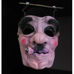 Man met sigaar masker